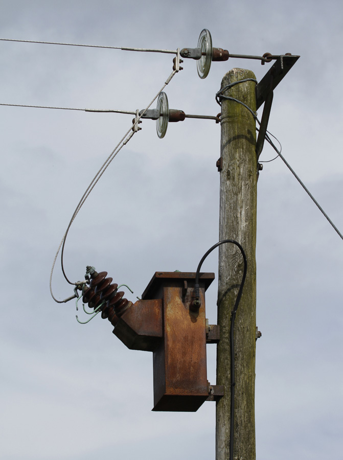 the 'killer pole' at Hiraeth cottage which electrocuted Jimmy