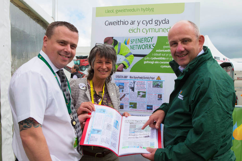 Gail with Scottish Power Managers by A3 'Operation Jimmmy' Displays at The Anglesey Show